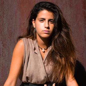 Imagen de perfil de Eva, disponible en la agencia de marketing de influencers Soocialfluencer